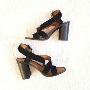 Franco Sarto size 7.5 Sabine Suede Sandals